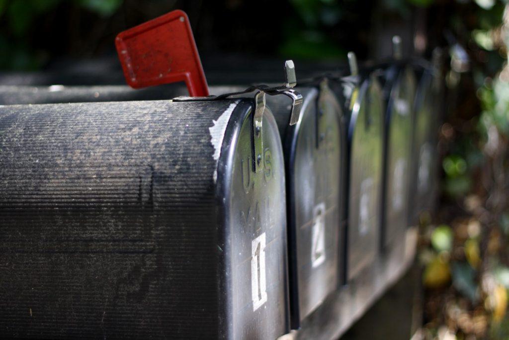 Pakket naar postbus versturen